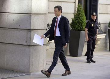 Sánchez refuerza la coordinación entre el Gobierno y el PSOE con ?delegados? en ministerios