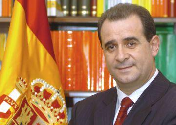 Marlaska pone a un político del PSOE manchego de Director General de la Policía