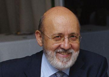 El nuevo presidente del CIS descarta dejar la ejecutiva del PSOE