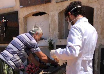 Una familia pide la exhumación del cuerpo de una bebé y halla en la tumba el cadáver de un adulto momificado