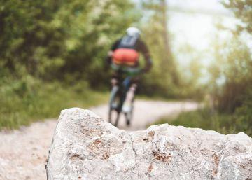 El juez no encuentra al culpable de colocar la piedra que dejó tetrapléjico a un ciclista