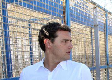 Rivera, desde Ceuta: ?La inmigración irregular es un problema, y si no lo vemos acabaremos con populistas en el gobierno?