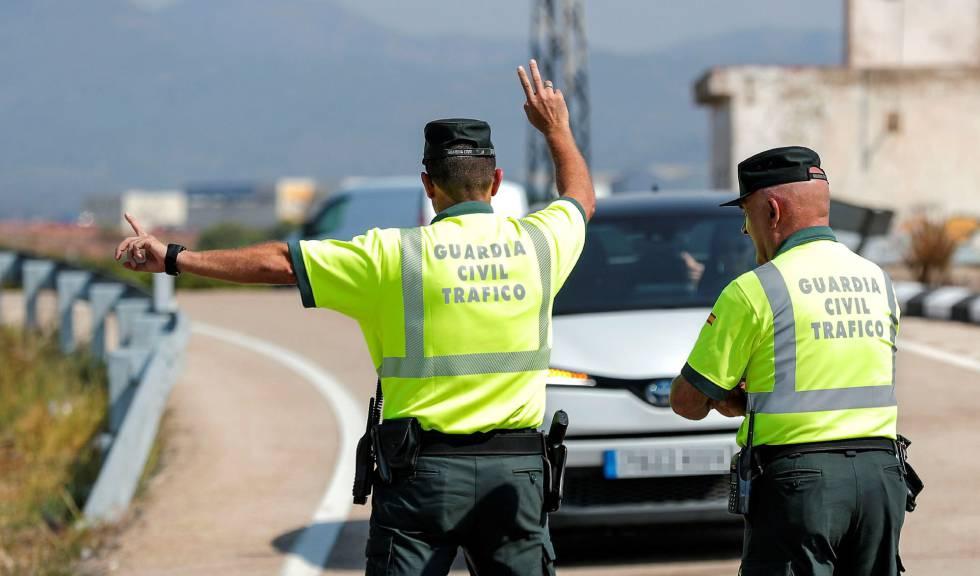La asociación mayoritaria de guardias civiles pide 10.000 agentes en las carreteras
