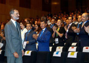 Felipe VI sustituye al Rey emérito en la toma de posesión de los presidentes iberoamericanos