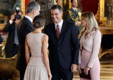 La confusió de protocol de Pedro Sánchez en la recepció del 12 d'octubre