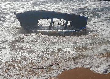 Hallado un quinto cadáver en la costa de Cádiz tras el naufragio de una patera el lunes