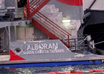 Tres tripulantes de un barco caen al agua tras chocar con un ferri en Gran Canaria
