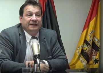 Vox quiere llevar al Congreso a un seudohistoriador negacionista y homófobo