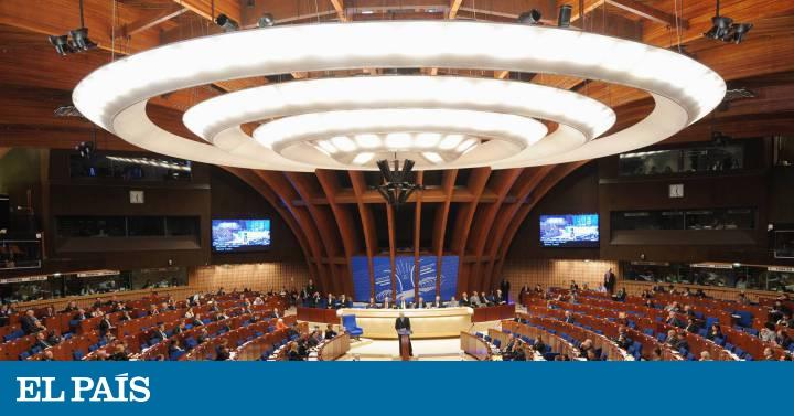 """El Consejo de Europa reclama a España vigilar las """"puertas giratorias"""" políticas y la corrupción en la policía"""
