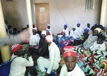 La llegada de migrantes colapsa los centros canarios de acogida