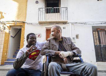 El Gobierno regulariza la situación del senegalés que salvó a un hombre en un incendio en Dénia