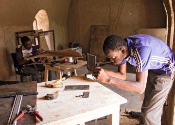 Artesanos de la tecnología: el movimiento ?maker? llega a Burkina