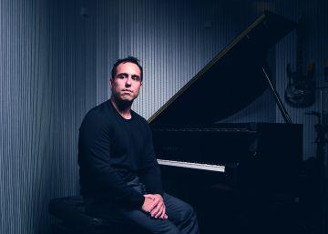 La empresa que compone música en función de las emociones que mide en el cerebro
