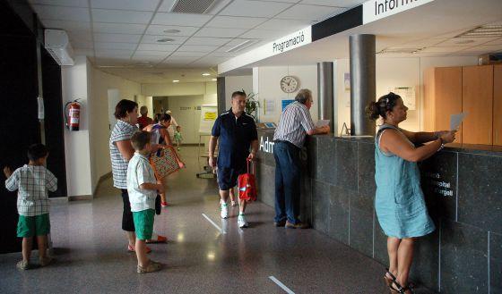 Recepción del Hospital de la Seu d'Urgell, en Lleida. / DIARI SEGRE