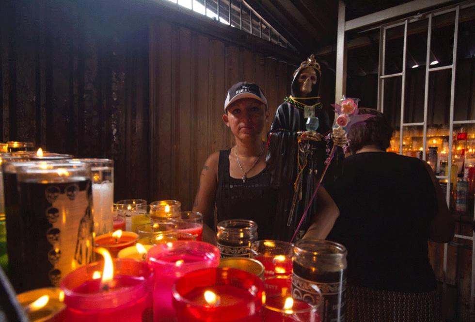 Fotos: La Santa Muerte reina en Tepito | Sociedad | EL PAÍS