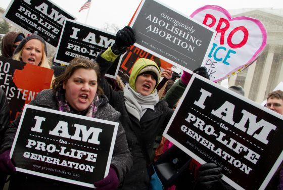 1362680807 107386 1362685954 noticia normal - Trump prohibió financiar con fondos federales a organizaciones pro-aborto