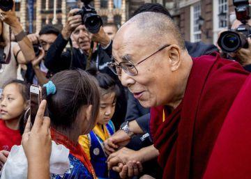 El Dalai Lama se compromete a abordar el problema de los abusos en el seno del budismo tibetano