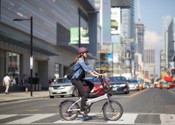 Macron lanza un gran ?plan vélo? para alcanzar el 9% de desplazamientos en bici