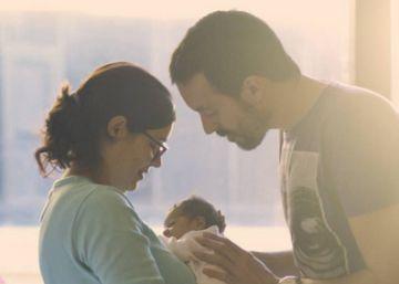 Gobierno y Podemos acuerdan ocho semanas de permiso de paternidad para 2019