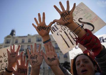 """Las protestas del Fridays For Future piden en 30 ciudades españoles que los políticos admitan la """"emergencia climática"""""""