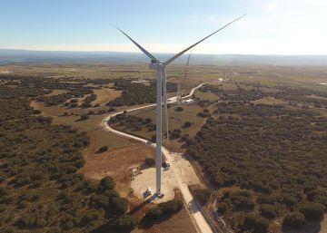 Viento y sol para llenar 37 municipios de la España vacía