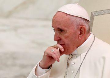 El papa Francisco levanta el secreto pontificio para casos de pederastia