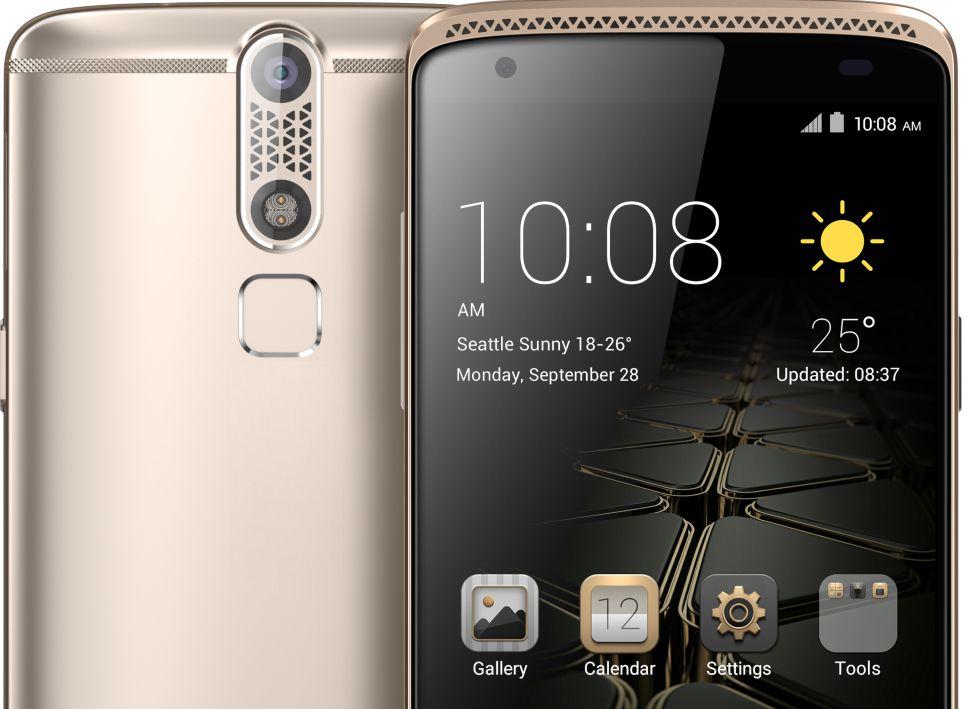 4926f74f946 Un 'smartphone' pequeño solo en el nombre | Tecnología | EL PAÍS