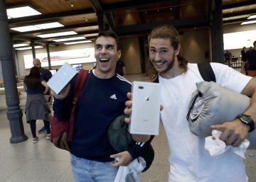 ?Somos los pringados sin dinero para un iPhone X?
