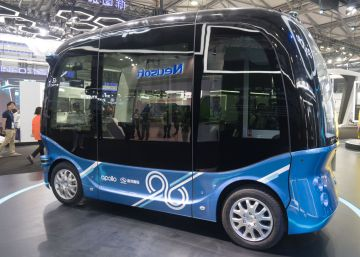 China comienza la fabricación masiva de autobuses sin conductor