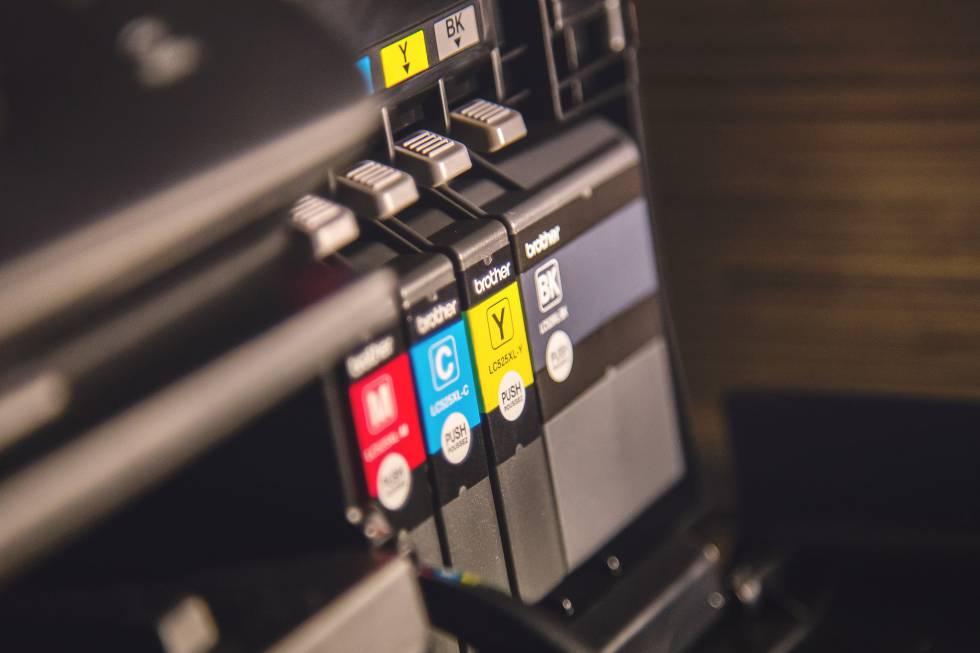La batalla de los fabricantes de impresoras por acabar con los cartuchos 'ajenos'