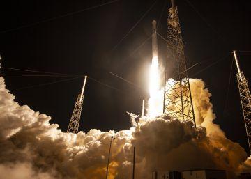 El plan de Elon Musk de conectar al mundo a Internet por satélites despega esta noche