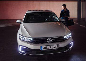 Los cinco grandes estrenos del Volkswagen Passat, un turismo de récord